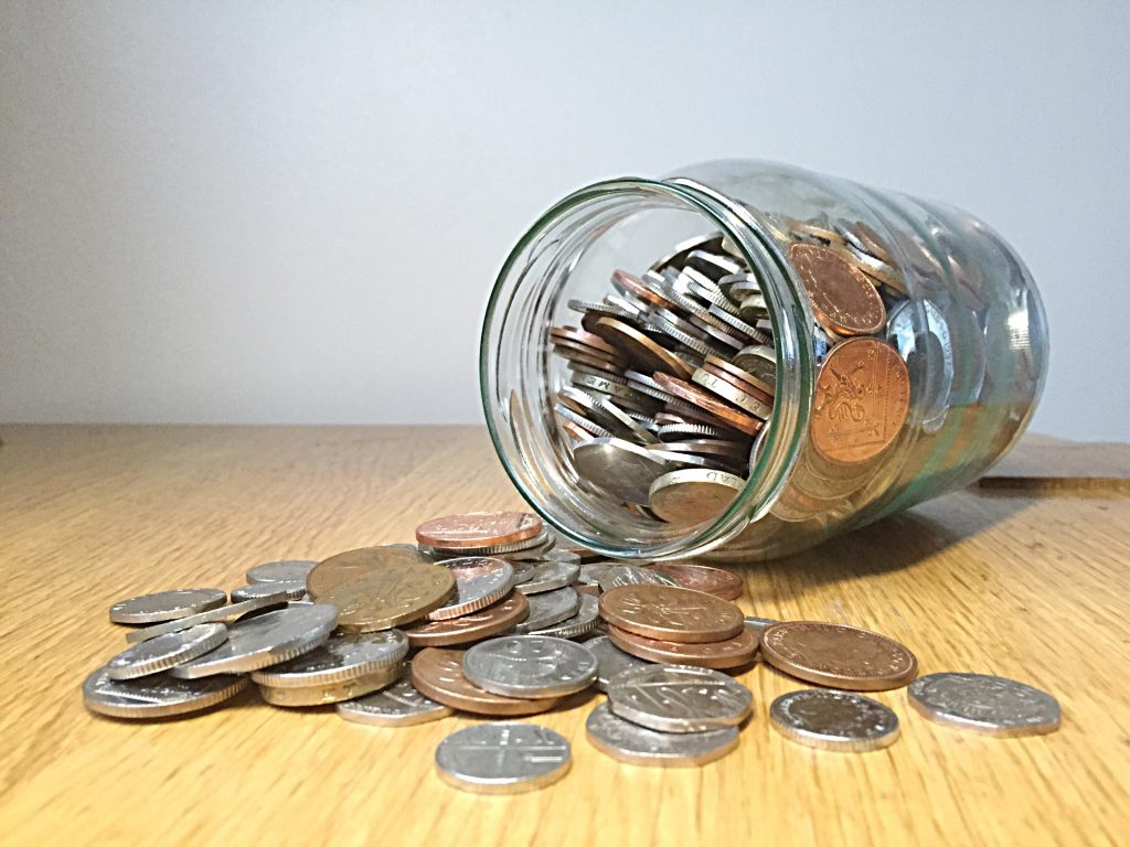 money-in-the-jar-coins-savings_t20_NQkxR2